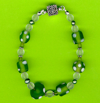 grassy green frosted glass and pearl magnetic beaded bracelet