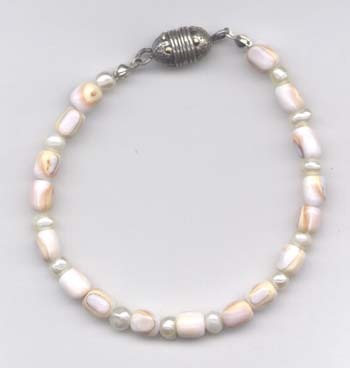 Shell and Pearl Bracelet with Magnetic Clasp